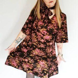 Vintage Bell Sleeve Dress w/belt (L)
